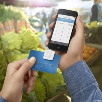 Square-Credit-Card-Reader-for-iPhone-iPad-and-Android-0-2