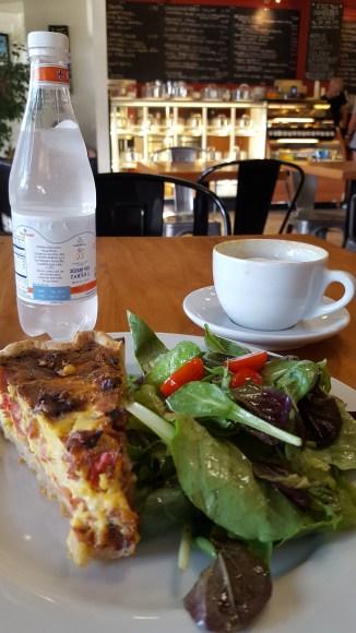 Avenue Cafe food