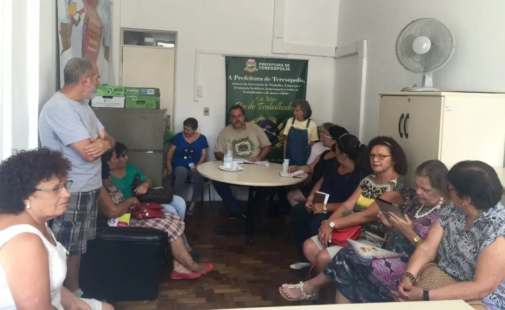 Governo age para melhorar vida dos artesãos de Teresópolis