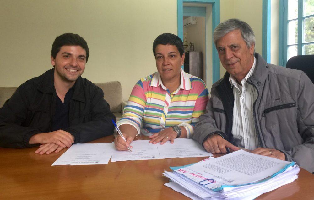Governo garante obra de contenção na escola do Corta Vento