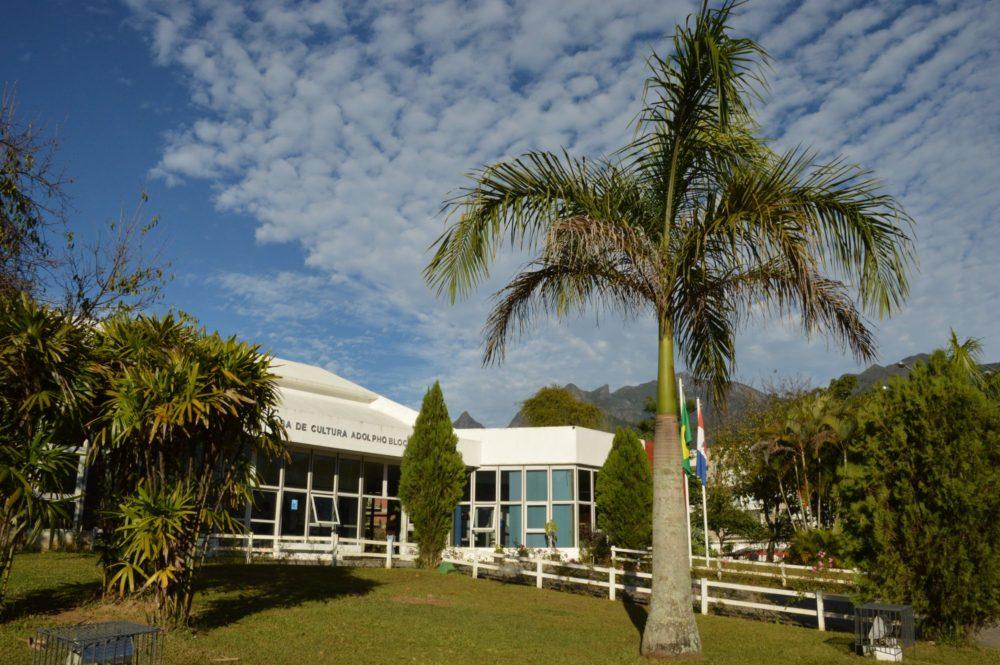 Centros culturais passam a funcionar também nos finais de semana