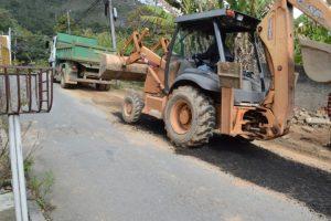 Serviços Públicos atende os bairros de Araras, Caleme, Golfe e Cascata do Imbuí