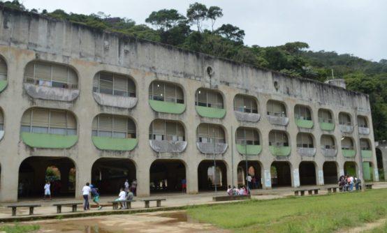 CIEP Amaury Amaral dos Santos, na Fonte Santa, uma das escolas reformadas