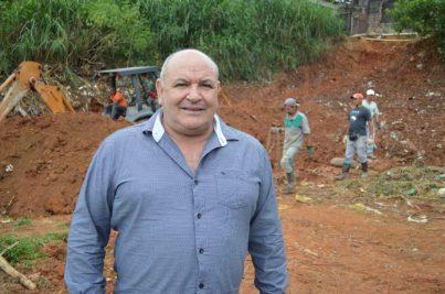 Prefeito Pedro Gil destaca que o objetivo é terminar a colocação da rede de escoamento o mais rápido possível