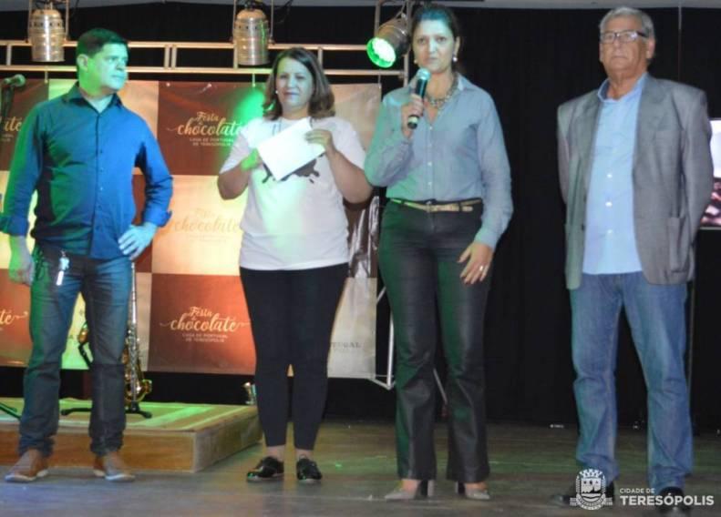 Secretaria Municipal de Turismo participa da Festa do Chocolate com estande de informações turísticas