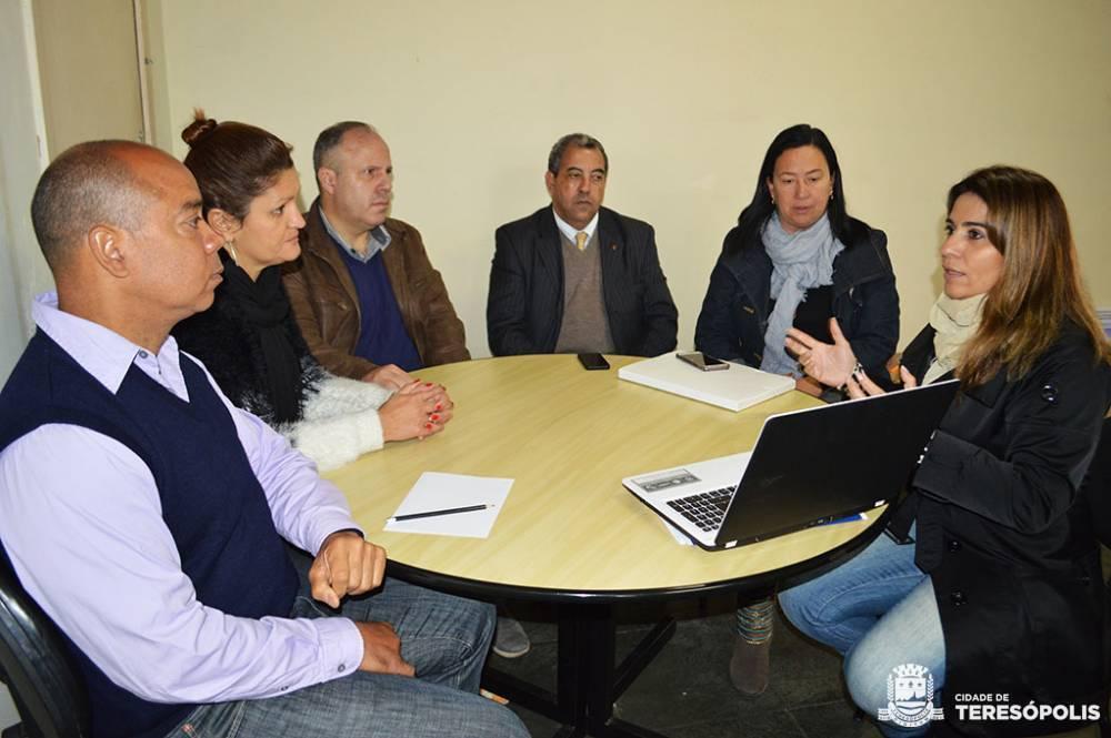 Teresópolis firma parceria com Seja Digital para distribuição de 12.500 kits gratuitos