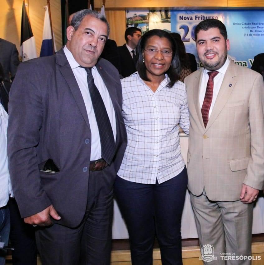 TERESÓPOLIS PARTICIPA DE REUNIÃO COM MINISTRO DO COMÉRCIO EXTERIOR EM NOVA FRIBURGO