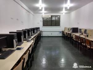 EDUCAÇÃO REATIVA LABORATÓRIOS DE INFORMÁTICA EM ESCOLAS DA REDE