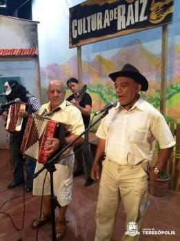 A boa música do homem do campo em mais uma edição do Cultura de Raiz