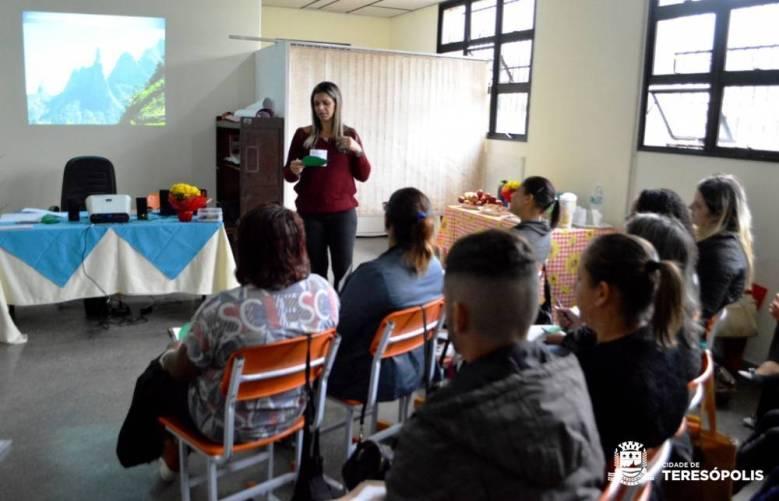 Atenção especializada e o cuidado com a clientela são objetivos do curso