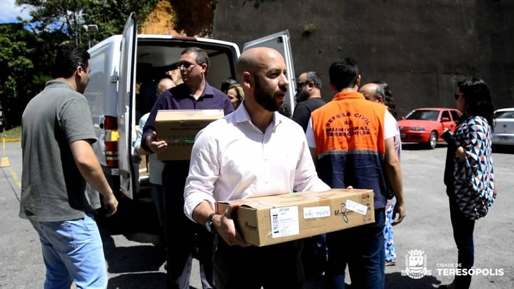 UPA Teresópolis recebe Medicamentos e insumos adquiridos com doação de secretários e subsecretários