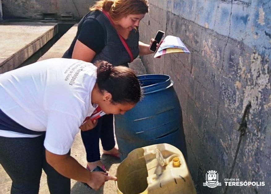 Combate ao mosquito Aedes aegypti: agentes de saúde realizam visitas em Venda Nova