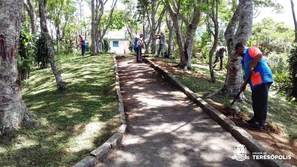 Colina do Mirante e Cascata do Imbuí têm áreas revitalizadas