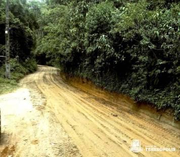 Manutenção da estrada de Varginha, em Canoas