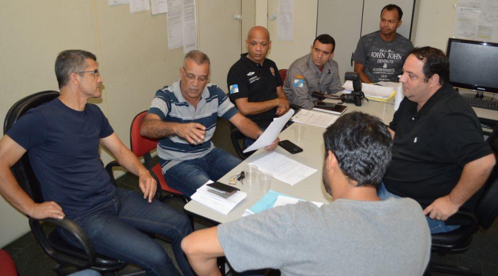 Secretarias da Fazenda e Trabalho se reúnem com representantes de classe para ajustar aplicação de lei que obriga a presença de bombeiros civis em estabelecimentos com grande fluxo de pessoas