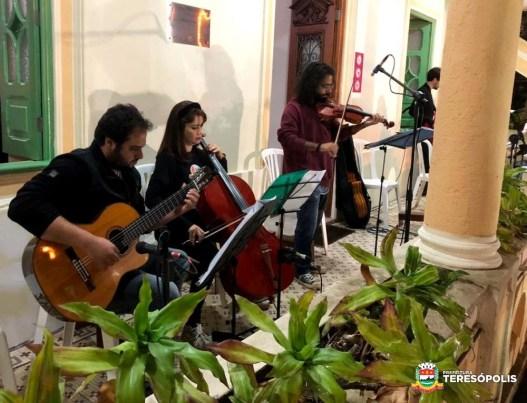 Apresentação dos músicos do Polo Teresópolis da Escola de Música Villa-Lobos