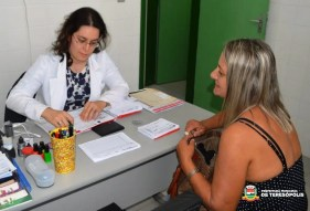 Consulta médica, um dos serviços oferecidos no sábado