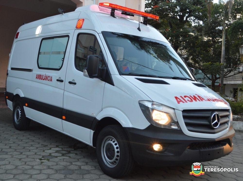 Saúde de Teresópolis recebe ambulância UTI Neonatal