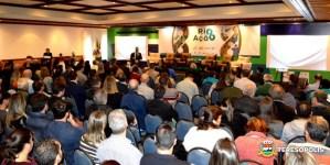 'Rio em ação': cerca de 300 micro e pequenos empresários participam do evento de oferta de crédito em Teresópolis