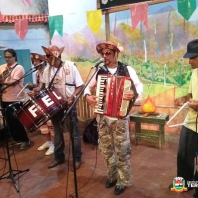 Félix do Forró e Trio mandam ver no palco da Casa de Cultura