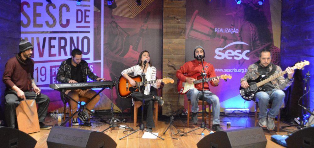 Banda Mangabrothers se apresenta no lançamento do Festival de Inverno