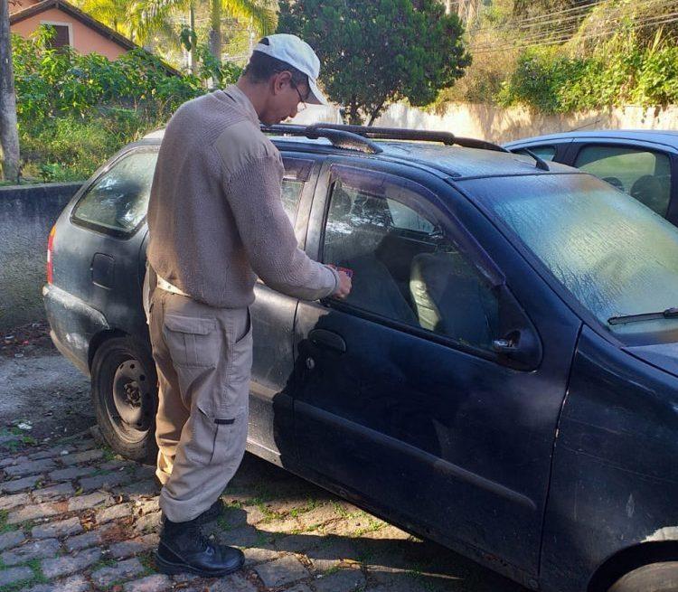 Guarda Civil Municipal retoma operação de fiscalização de carros abandonados