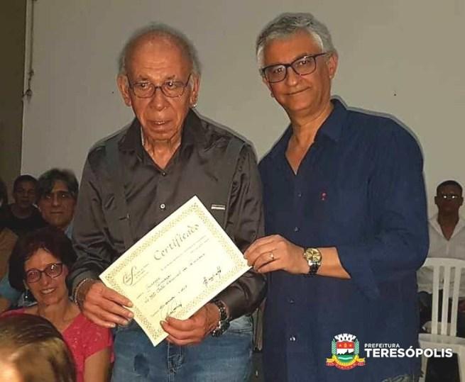 Artista plástico Gutierrez com Márcio de Paula, da Soarte