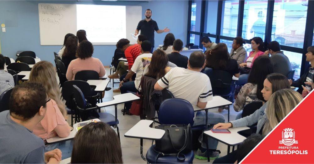 Teresópolis capacita servidores municipais sobre compras e contratações para 2020