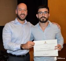 Prefeito Vinicius Claussen e Douglas Carvalho da Costa, 2º lugar no concurso