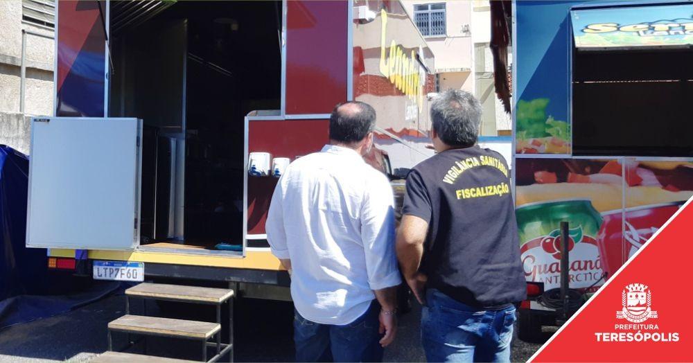 'Emprega Terê': food trucks em legalização recebem vistoria sanitária