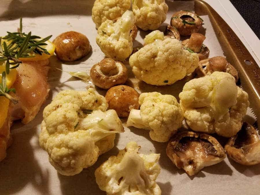raw mushrooms and cauliflower pieces