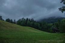 Alpesi táj felhőkben