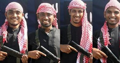 2 Teroris Ledakkan Diri Saat Digerebek, Pecahan Tubuh Terbang 30 Meter