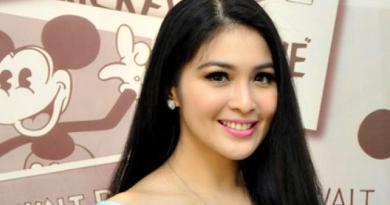 Kalau Punya Anak, Sudah Memiliki Segalanya Ungkap Sandra Dewi
