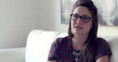 IQ Wanita Ini Meningkat Jadi 220 Lantaran Minum Sperma Tiap Hari