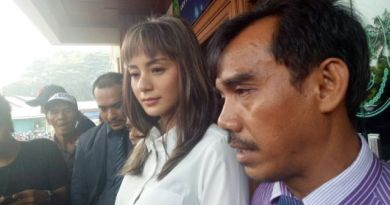 Kirana Larasati Hadiri Sidang Cerai Perdana, Duh Sayang Banget