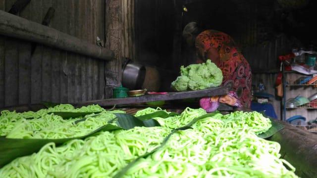 Menu Khusus Ramadhan Di Banyuwangi Kue Precet