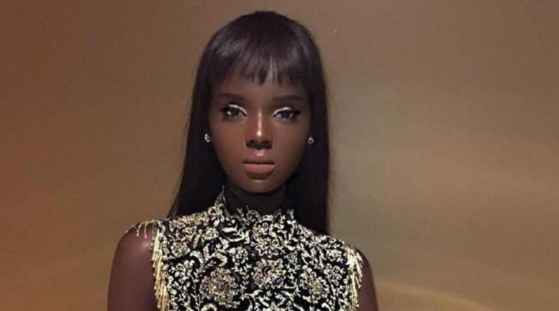 Heboh, Wanita Cantik Mirip Boneka Apakah Foto itu Manusia Sungguhan atau Boneka Barbie?