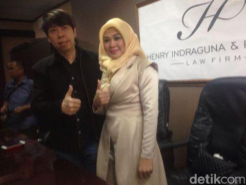 Wanita ini Ngaku Istri Siri Vicky Prasetyo dan Tak Dinafkahi