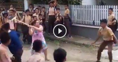 Video The Power of Emak-emak Bubarkan Tawuran Pelajar Pakai Sapu