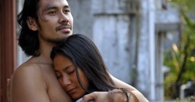 Demi Peran, Selebriti Indonesia Ini Rela Lakukan Adegan Ranjang