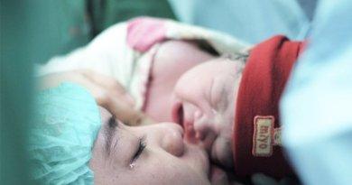 Kabar Bahagia Oki Setiana Dewi Lahirkan Anak Ke 3 Selamat!