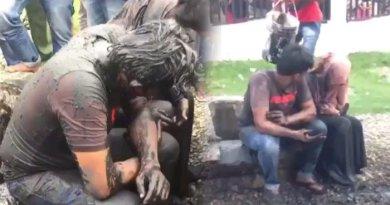 Video Warga Gerebek Sepasang Muda-Mudi dan Disiram Air Comberan