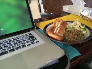 マックブックと料理