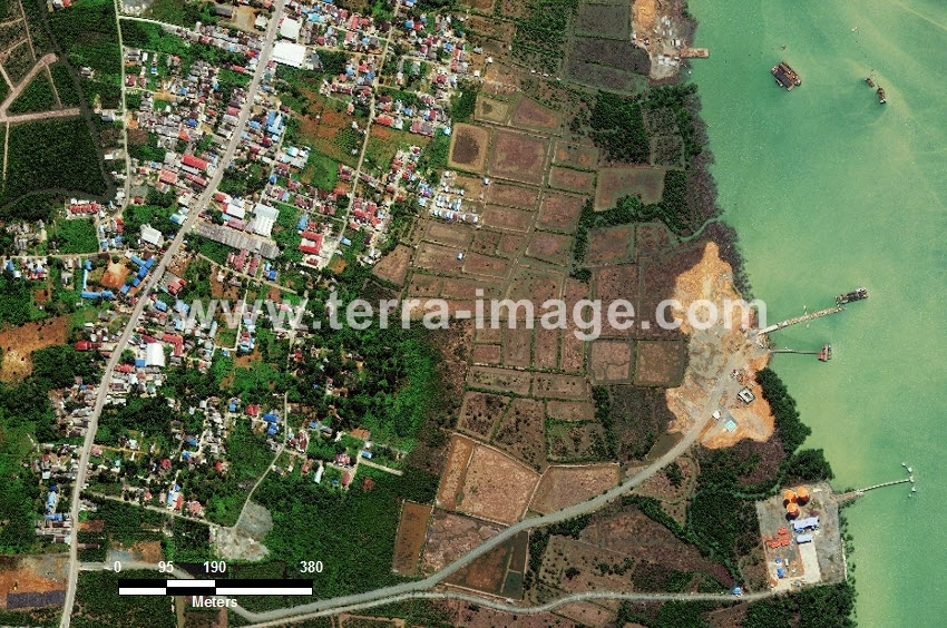 58 Batulicin WorldView 2 Natural Color Foto citra satelit Proyek Foto Citra Satelit Tahun 2014