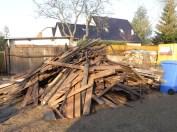 ...stattdessen altes Holz, von Würmern zerfressen