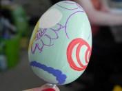 Und so sieht das Ei dort aus, wo es noch nicht fertig ist.