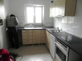 Da steht sie, die Küche. Schick oder?