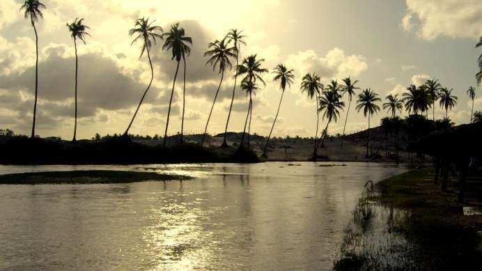 Em nosso último dia no RN, visitamos a Praia de Punaú, local onde há o encontro do rio de mesmo nome com o mar