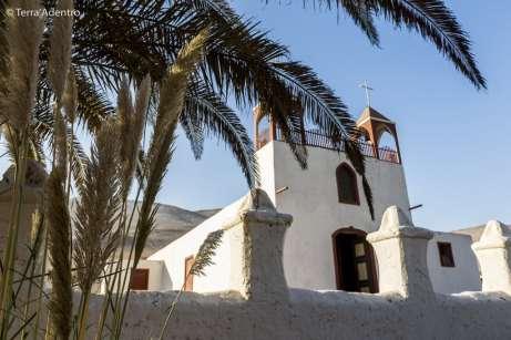 Igreja no vilarejo de Poconchile